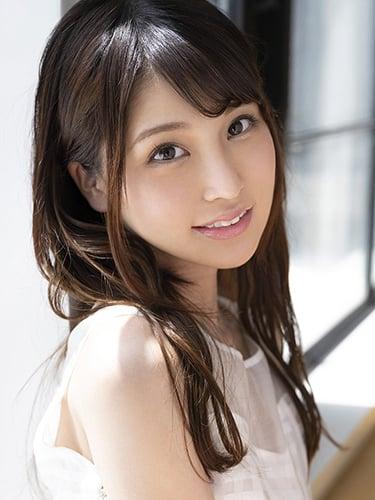 Hitomi Hoshiya